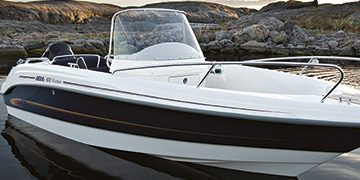 Brand Jukova - Speedboat